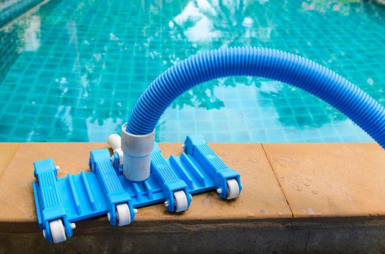 A quelle fréquence nettoyer sa piscine ?