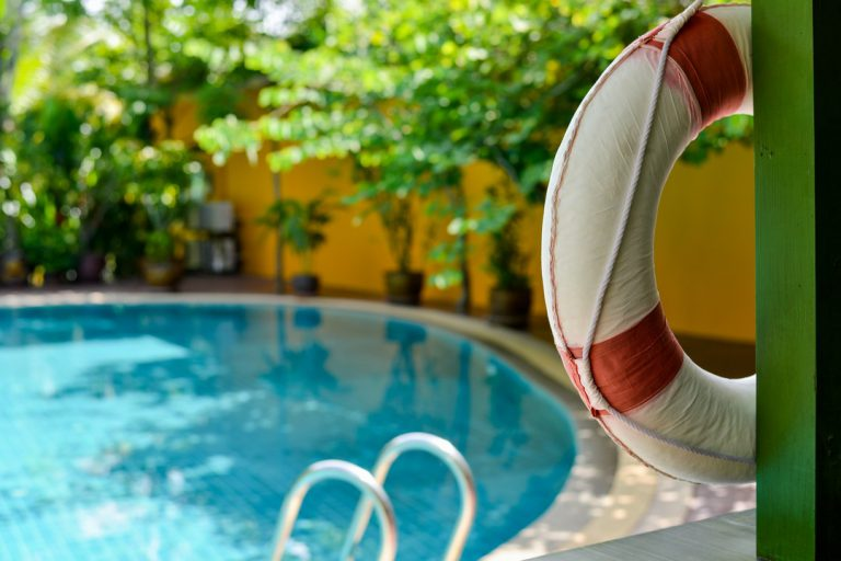 Comment assurer la sécurité de ses enfants à la piscine ?