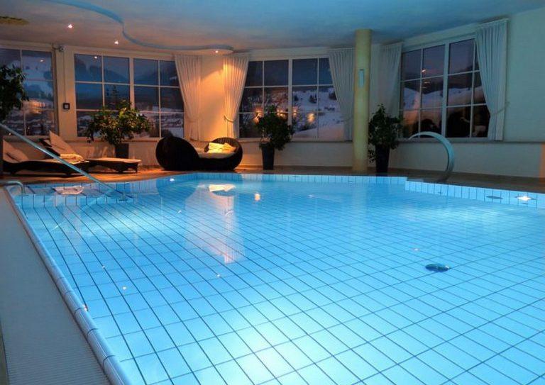 Ma maison est-elle adaptée pour une piscine intérieure ?