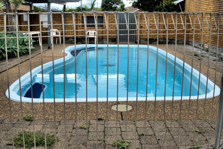 Quel type de barrière de sécurité choisir pour sa piscine ?