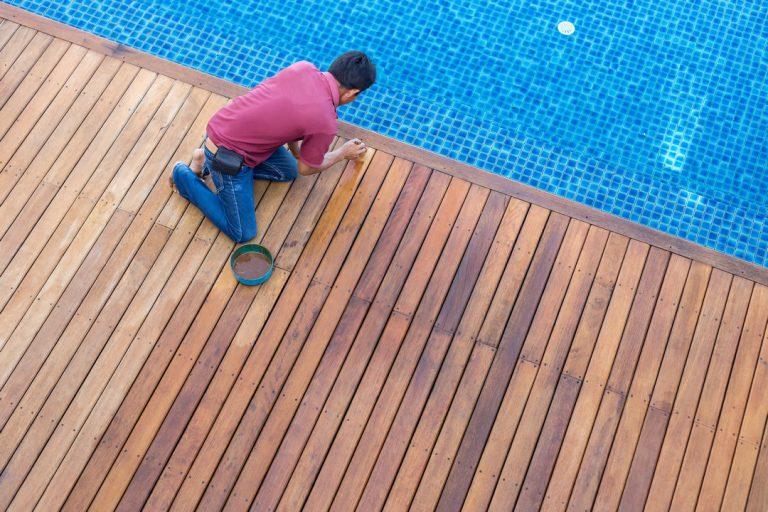 Faire appel à un spécialiste pour rénover sa piscine